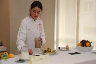 Ana Oca preparou un almorzo san e sinxelo no acto.
