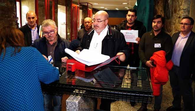 Tres mil firmas apoyan una iniciativa popular por los daños de las heladas