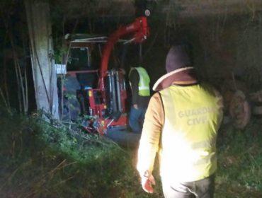 A Guardia Civil recupera un tractor e unha plastificadora roubadas en Agolada