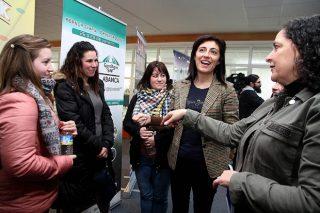 A Xunta destaca que en dous anos se incorporaron 1.100 persoas ao sector agrogandeiro