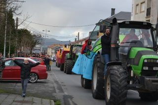 """Mazaricos reivindica o seu sector agrogandeiro coa """"Tractorgata"""""""