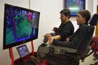 Realidade virtual para formar no manexo de autocargadores e procesadoras forestais