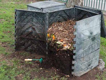 El compostaje permite reducir a la mitad la basura en ayuntamientos de Pontevedra