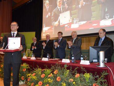 A Escola Politécnica Superior de Enxeñaría da USC recibe o Premio Aresa
