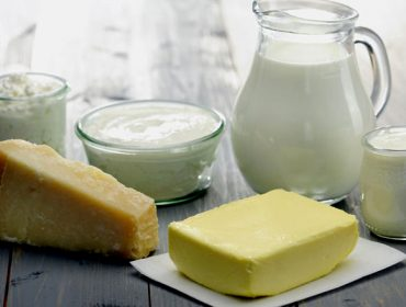 Aumenta a fabricación de queixos en España en detrimento do consumo de leite líquido