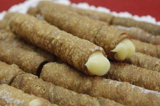 Cañas fritas do Carballiño, sobremesa de selo galego