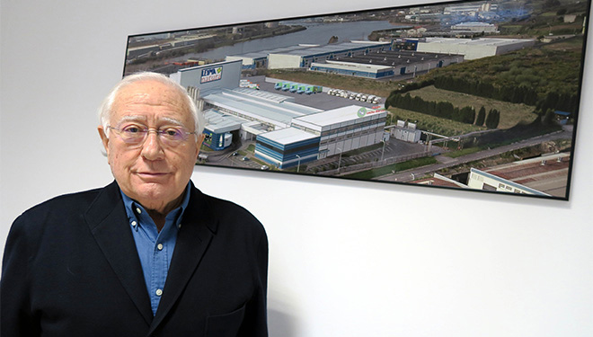 """""""En poucos anos só operarán en Galicia dous grandes grupos, Lactalis e Lactogal, que absorberá a Clun e a Capsa"""""""