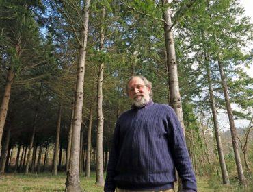 """""""Autoengañámonos plantando tanto eucalipto, toca ir facendo un cambio"""""""