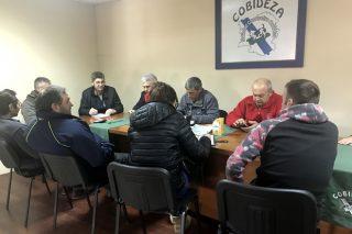 Ganaderos del Deza llegan a un acuerdo con agricultores de A Limia para cultivar maíz forrajero