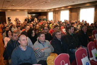Máis de 150 gandeiros interésanse en Lugo polo programa de recría de xovencas de De Heus e MSD
