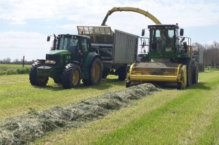 Convocadas as axudas da Xunta para comprar maquinaria agrícola en réxime asociativo