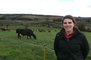 """""""En vacún de leite en ecolóxico cobra máis importancia a prevención da mamite e das infeccións de helmintos"""""""