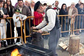 Riotorto revive o 15 de abril a tradición dos seus ferreiros na XII Feira da Artesanía do Ferro
