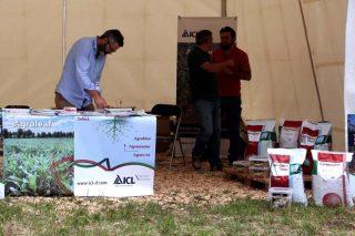 ICL presenta en Galiforest sus fertilizantes de liberación controlada