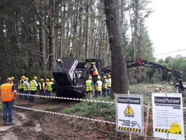 Presentada en España la procesadora forestal más productiva del mundo con tecnología híbrida