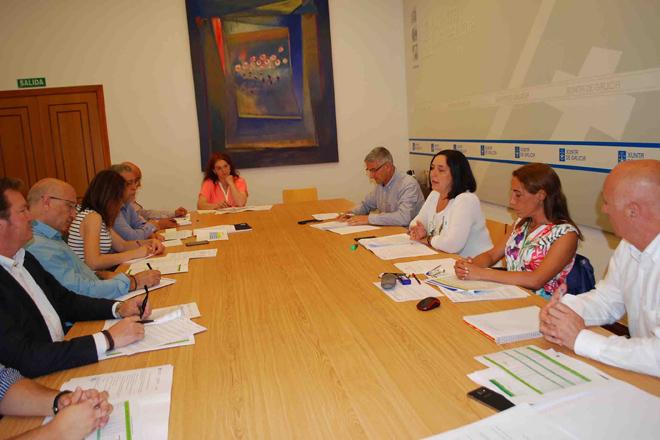 Se crea un grupo para mejorar la contratación de seguros en el sector de la castaña