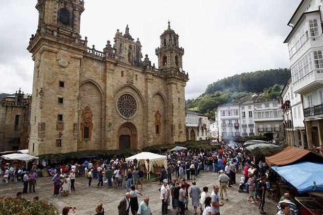 O XXVII Mercado Medieval de Mondoñedo suma este ano arredor de 150 postos e máis de 70 actividades