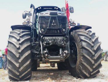 Valoración positiva da feira de maquinaria agrícola de Mazaricos