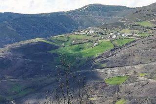 Os prados salvaron á aldea de Vilar de Donís do lume o outubro pasado.