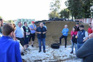 Gandeiros irlandeses visitan Galicia para coñecer as nosas granxas de vacún de leite