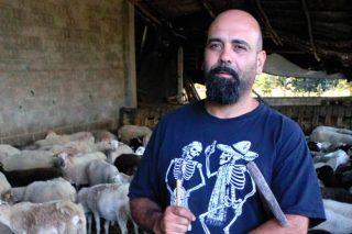 """""""A Xunta trata ao sector ovino e caprino como a ovella negra da gandería en Galicia"""""""