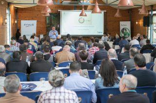Más de 150 ganaderos de vacuno de carne participan en Lugo en la jornada de Evialis sobre mejora de la eficiencia
