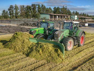 Así se hace uno de los mayores silos de maíz de Galicia