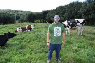 Gandería Casa do Neiro: Vivir con calidade de vida con 21 vacas en muxido