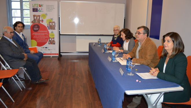 Presentan un libro sobre as características do pan galego