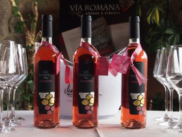 Os viños rosados ábrense camiño nas adegas galegas