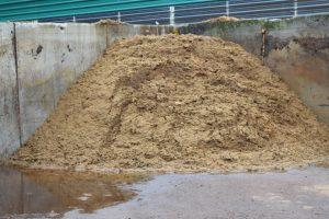 Compost apilado