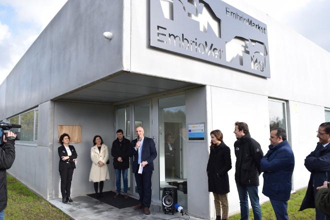Embriovet inaugura en Betanzos un laboratorio de fecundación in vitro punteiro en Europa