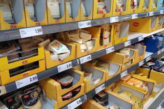 Cae la importación de leche líquida, pero continúa aumentando la de quesos