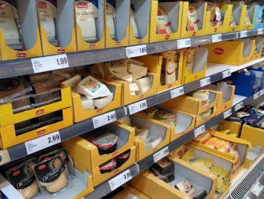 Cae a importación de leite líquido, pero continúa aumentando a de queixos