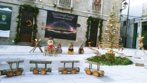 Este Nadal, a decoración foi elaborada con madeira.