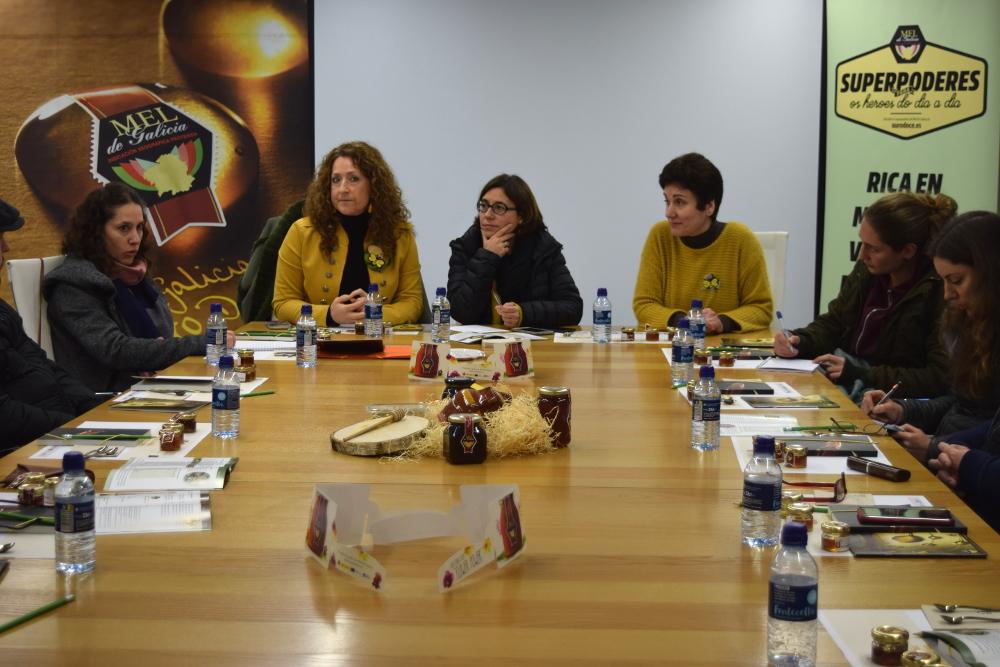Visita de los apicultores corsos a la IGP Miel de Galicia