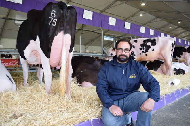 """""""En España hai que regular a profesión de podólogo bovino e mellorar a formación"""""""
