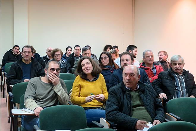 """Gandeiros asistentes ás xornadas sobre """"Mellora da produción de leite ecolóxico en Galicia"""", organizadas por Agronovo"""