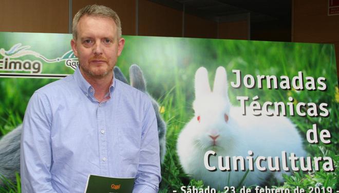 ¿Por que hai brotes de mixomatose a pesar de vacinar aos coellos?