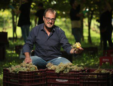 """""""O gran reto de Galicia é facer ver á sociedade que se pode vivir moi ben do agro"""""""