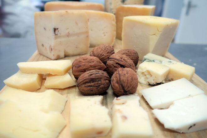 Curso sobre vida útil de los quesos