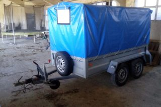 O calvario para renovar a autorización dun remolque gandeiro en Castro de Ribeiras de Lea