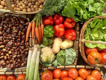 Cuarenta organizaciones reclaman la reapertura de los mercados alimentarios en Galicia