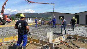 Inicio das obras do Museo da Minaría dentro do enclave do Xeocamping na praia fluvial de San Clodio