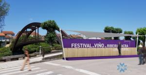 Escenario do Festival do Viño no Paseo do Malecón