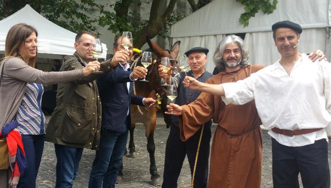 Os arrieiros volven traer a Santiago os bos viños do Ribeiro
