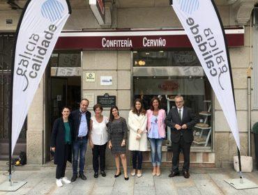 Entrega do selo Galicia Calidade a Confitería Cerviño, do Carballiño