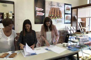 Firma de los compromisos de Confitería Cerviño con Galicia Calidade.