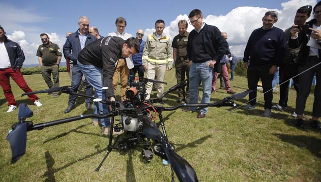 La Xunta incorpora drones al servicio de incendios forestales