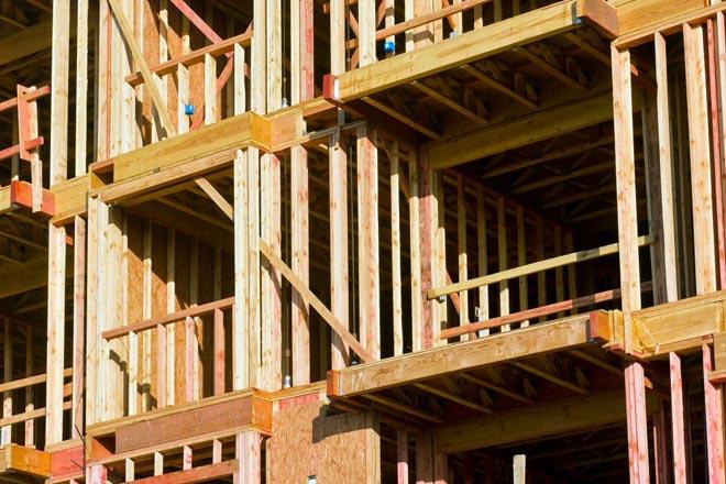 A demanda de madeira estrutural para construción abre un novo mercado para o monte galego